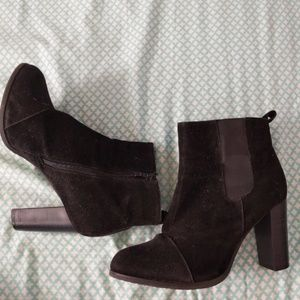 Size 10 Tall heel booties